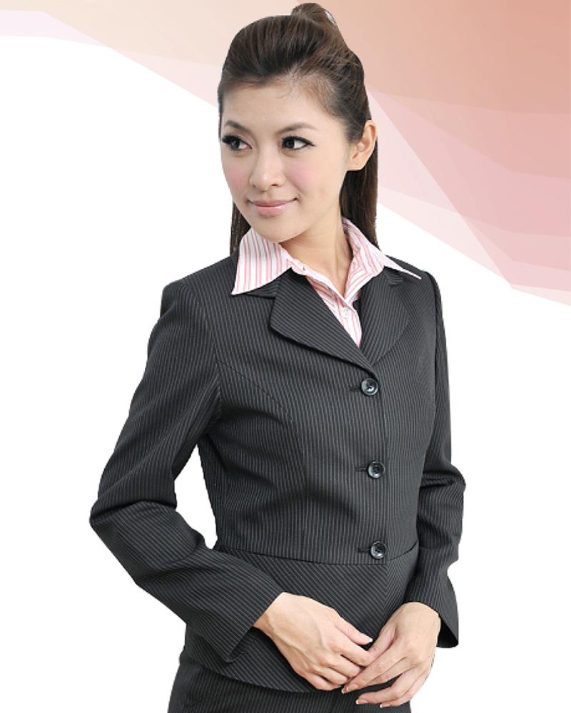 女西裝外套 黑底白條